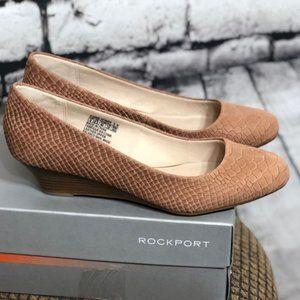 9 ROCKPORT leather faux snake skin wedges